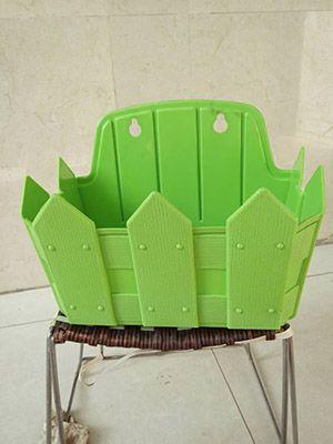 绿色壁挂塑料花盆
