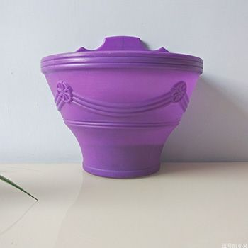 紫色壁挂花盆